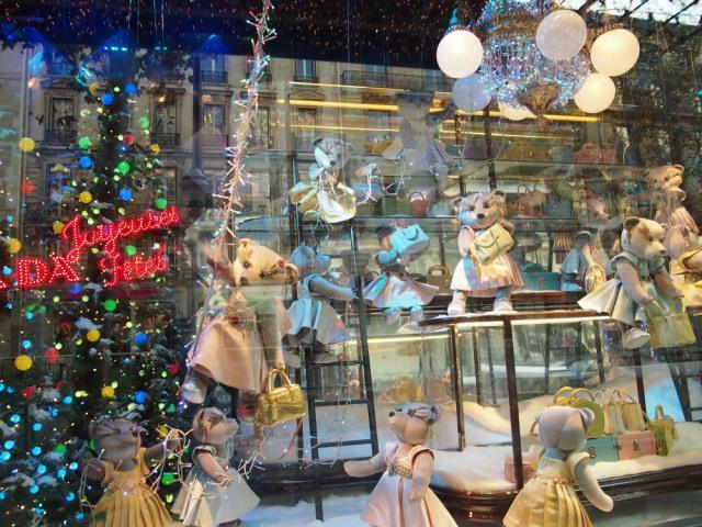 散步巴黎民宿 v.s.拉法業百貨聖誕櫥窗