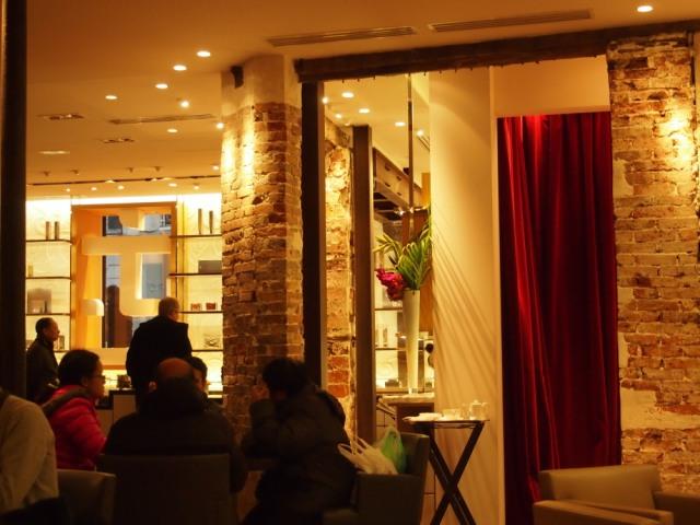 散步巴黎下武茶店