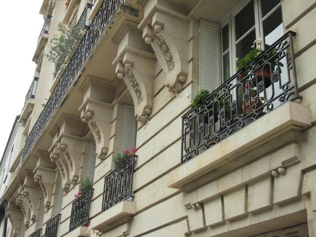 散步巴黎-- 巴黎五區歐斯曼建築