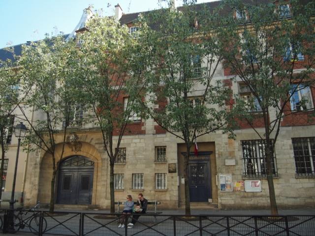 散步巴黎民宿 § 瑪黑區的幼稚園