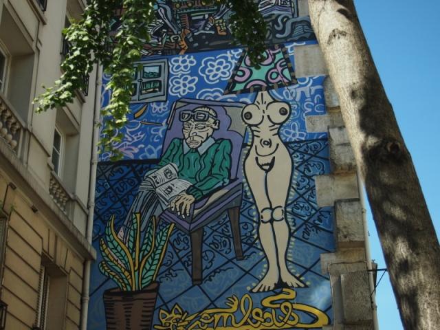 散步巴黎民宿 & 瑪黑區大型畫牆