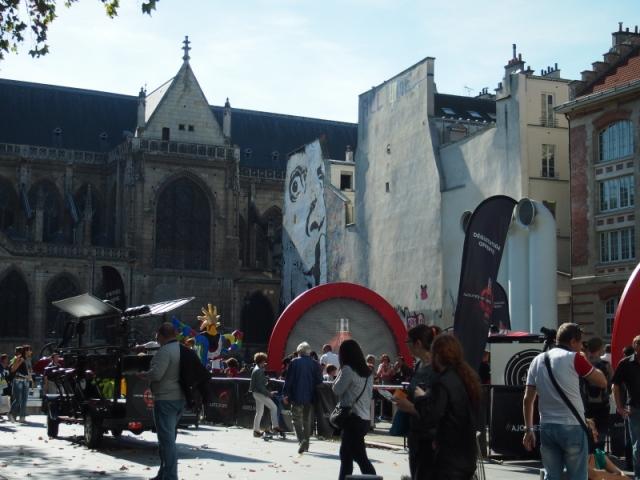 散步巴黎民宿 & 整年活動不斷的巴黎