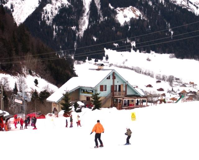 阿爾卑斯山的滑雪小村Montmin § 散步巴黎民宿