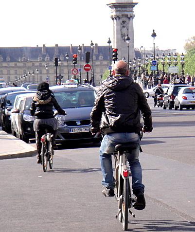 騎Vélib 看巴黎不同的樣貌