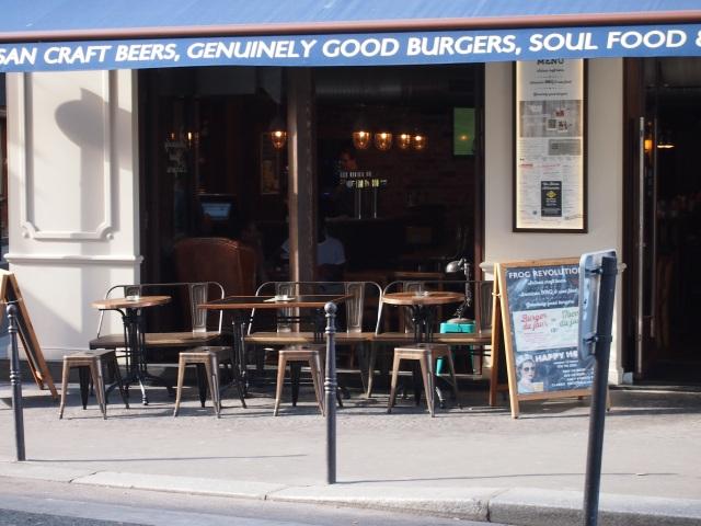 --散步巴黎--咖啡館
